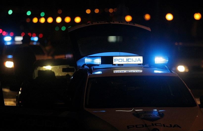 BMW-om se zabio u obiteljsku kuću