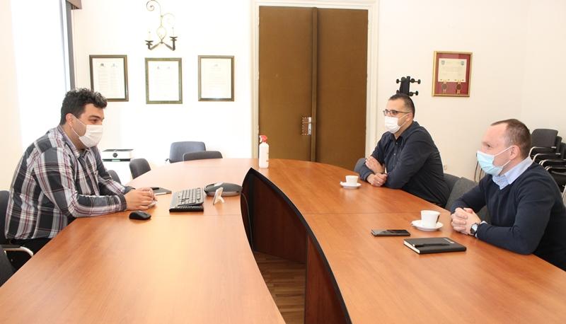 Gradonačelnik Mario Rajn upriličio prijem za nove rukovodeće osobe Košarkaškog kluba Radnik Križevci