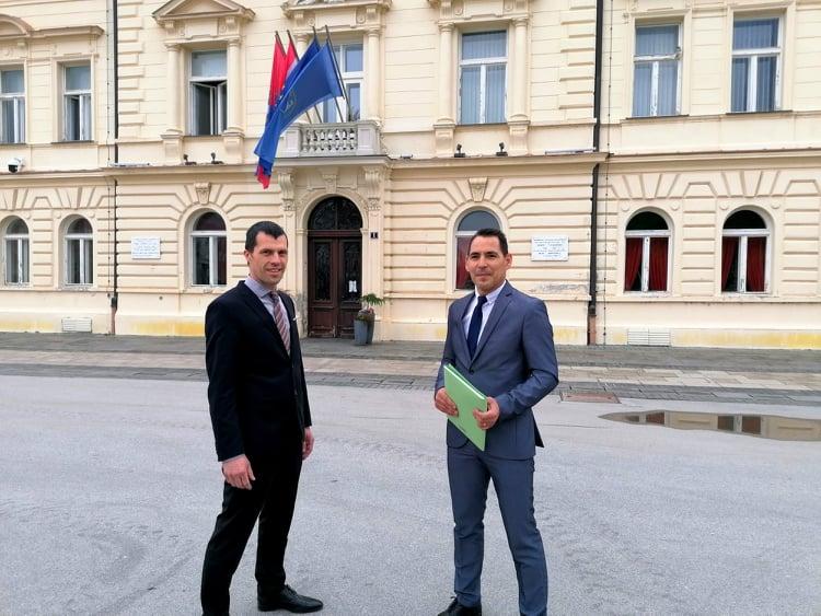Ivica Suvalj i Goran Pakasin predali potpise za gradonačelničku i dogradonačelničku kandidaturu u Koprivnici