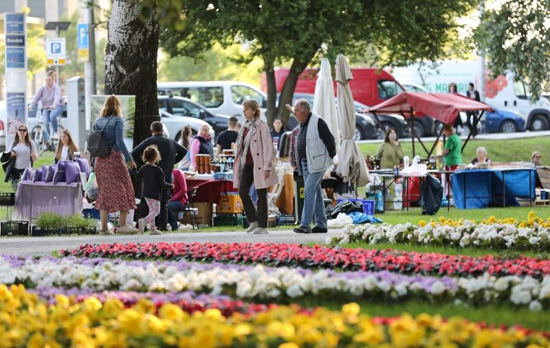 Na Bundeku počeo 55. Floaart sajam cvijeća Floraart