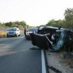 Jedna osoba ozlijeđena u prevrtanju vozila