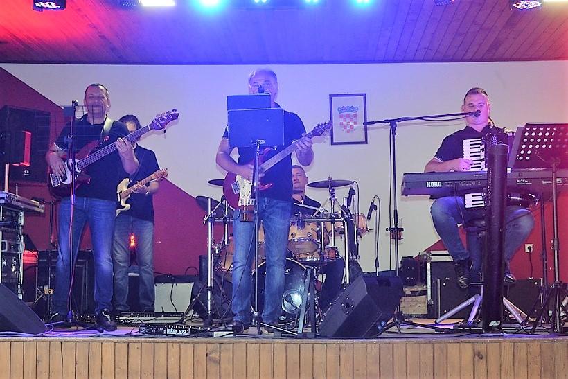 🎦 Dinacordi Luna band u Gregurovcu