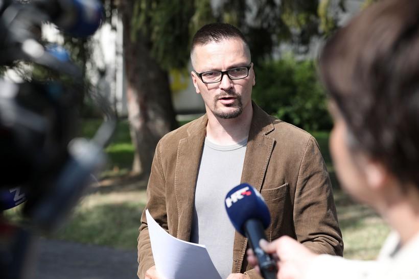 Vjeroučitelj iz Križevaca predao kaznenu prijavu jer učeniku u Krapinskim Toplicama ne daju u školu bez maske