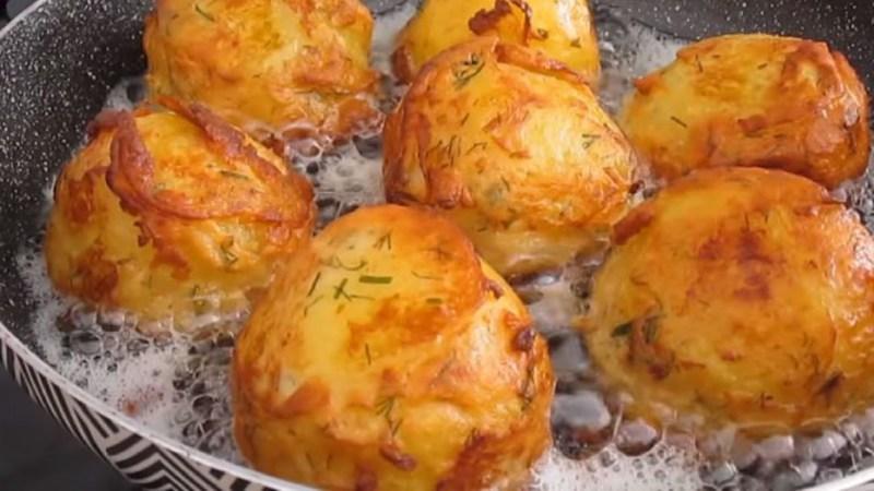 Рецепт картофеля в сметанном кляре. Деликатес!😋