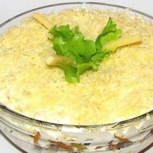 Салат с грибами и сардиной