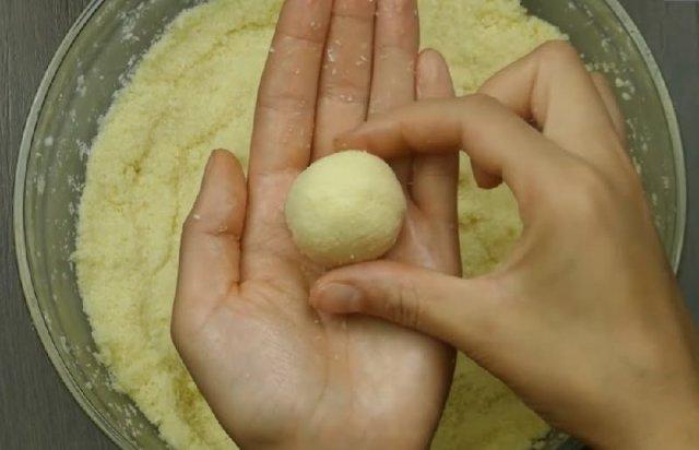 Foto recept na výborné domácí Raffaelo kuličky