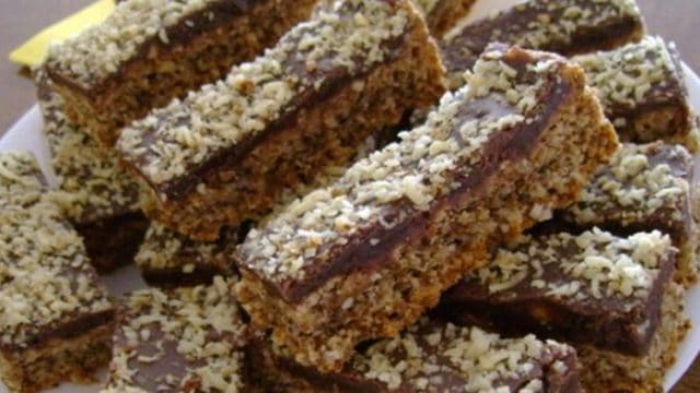 Recept na domácí ořechové řezy