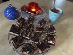 Recept na ořechový dezert s čokoládovou polevou