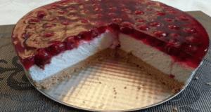 Třešňový dort s tvarohem a sušenkovým základem