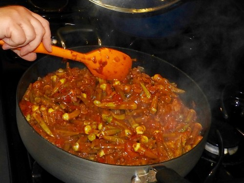 Braised Okra (Bamia) in tomato sauce - Primal Mediterranean Gourmet
