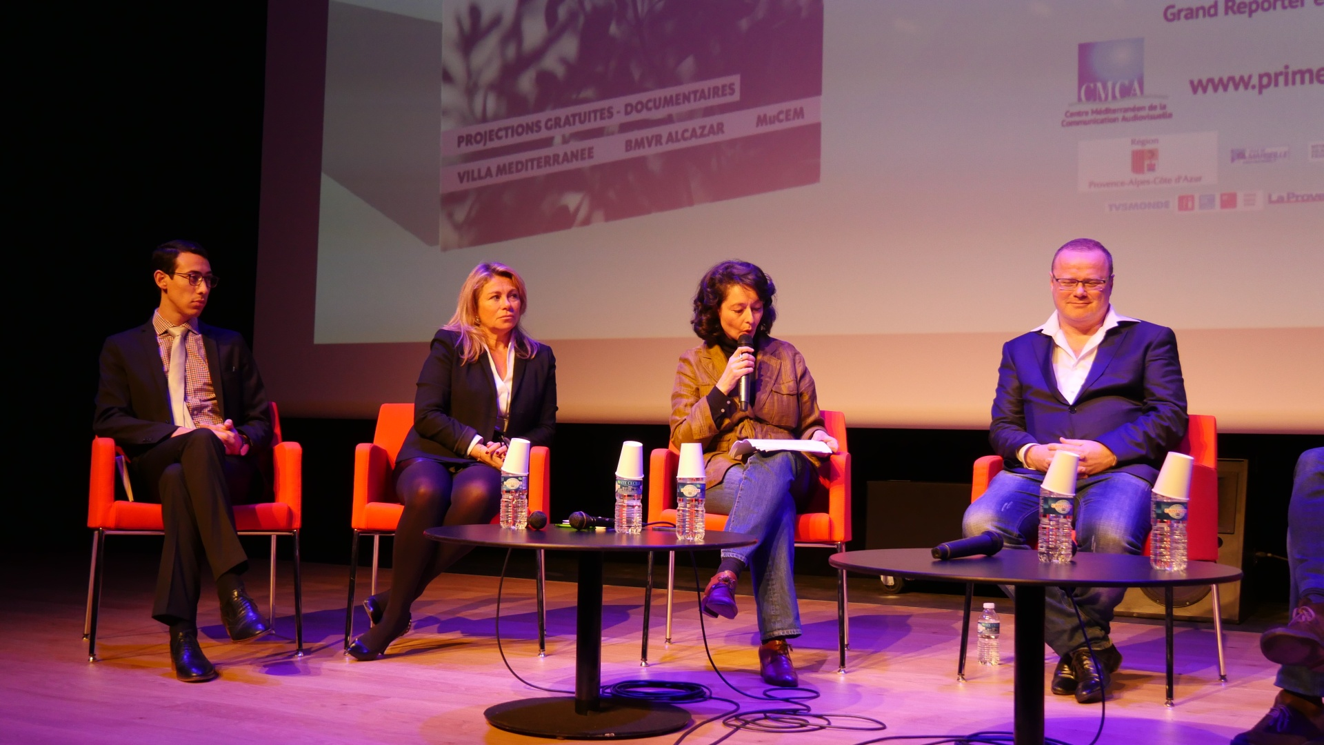 Nora Boubetra animatrice de la conférence