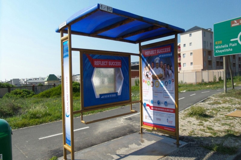 primedia-outdoor-street-furniture-shelter-3