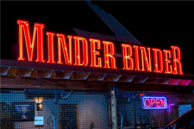 TEMPE'S WELL KNOWN MINDER BINDER