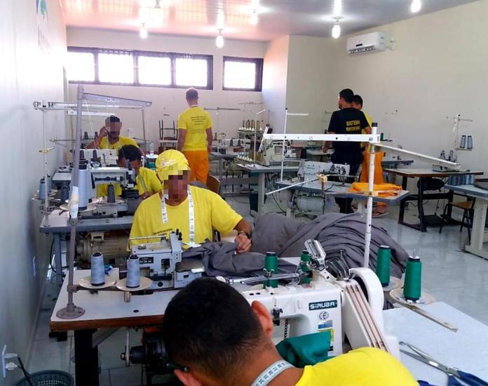 Penitenciária amplia capacidade de produção de ateliê de costura