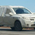SANDERO OFF-ROAD FLAGRADO COM DISFARCES