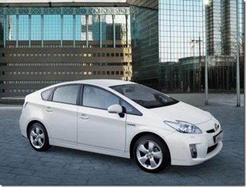 A primeira imagem do Prius europeu