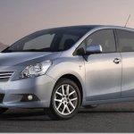 Genebra 2009-Imagem filtradas revelam a nova Toyota Corolla Verso