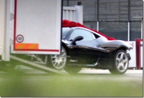 Nova F430 é flagrada em testes na Itália
