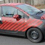 Novo Opel Meriva flagrado mais uma vez na europa