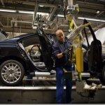 O último Volvo S60, sai de sua fábrica na Bélgica