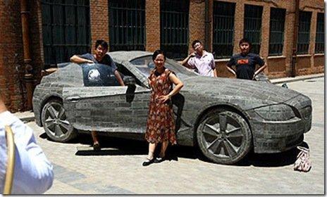 Chineses fazem BMW Z4 de concreto