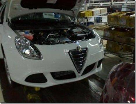 Sucessor do Alfa Romeo 147, flagra do Milano vazou na internet