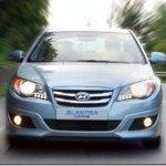 Hyundai apresenta versão híbrida do Elantra