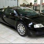 Bugatti Veyron de Jenson Button está a venda