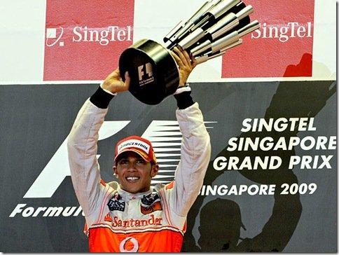 Lewis Hamilton vence o GP de Cingapura – Button termina à frente de Barrichello