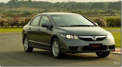 Honda responde ao Corolla GLi com o Civic LXS C