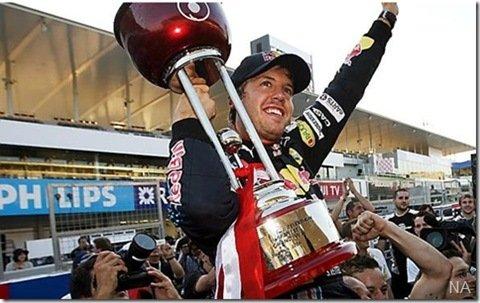 Vettel vence em Suzuka – Button está cada vez mais próximo do título mundial
