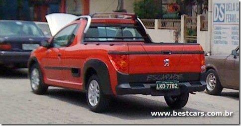 Peugeot 207 Pick-up é flagrada sem disfarces
