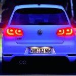 Volkswagen Golf VI ganha leds nas lanternas