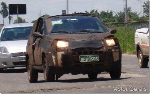 Novos flagras do novo compacto da Fiat