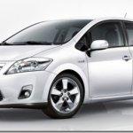 Toyota revela a primeira imagem do Auris híbrido
