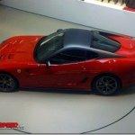 Ferrari 599 GTO aparece em flagra