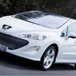 Peugeot 308 ganha versão GTi com 200cv