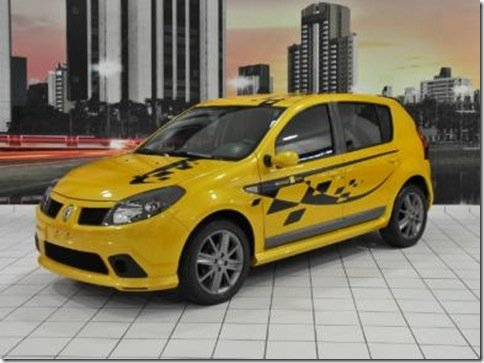 Renault Sandero Sport deverá ser lançado em agosto