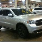 Foto do novo Dodge Durango vaza na Internet