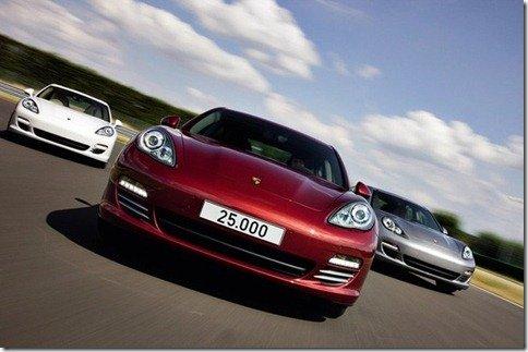 Porsche produz o Panamera de número 25.000