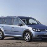 Volkswagen apresenta CrossTouran