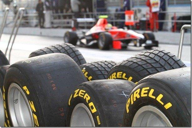 Pirelli testa pneus para chuva em Abu Dhabi