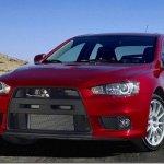 """Segundo a Mitsubishi Lancer Evolution X continuará """"vivo"""""""