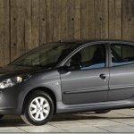 Peugeot anuncia série especial comemorativa aos 10 anos de produção no Brasil
