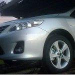 Toyota Corolla 2012 é flagrado sendo distribuído