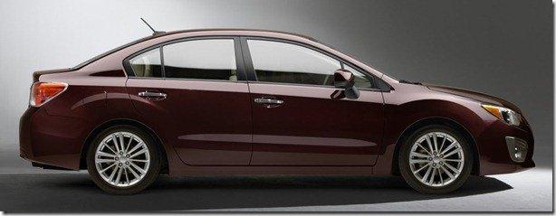 Novo Subaru Impreza aparece de perfil