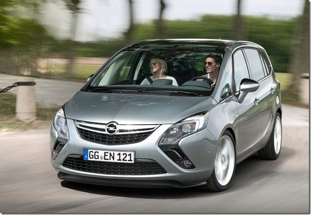 Oficial – Opel Zafira Tourer 2012