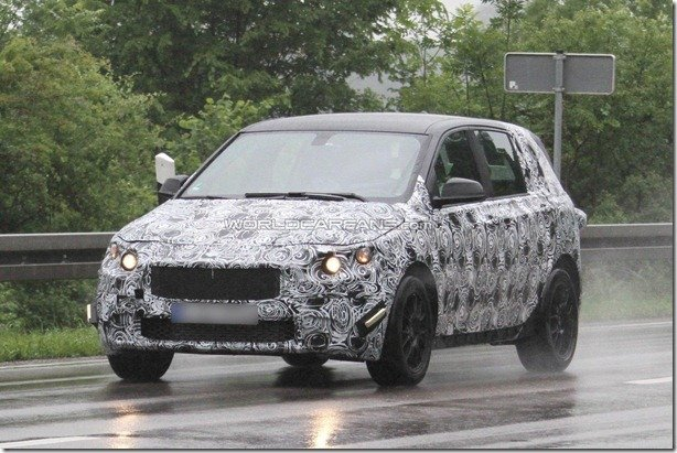 Novo hatch da BMW é flagrado
