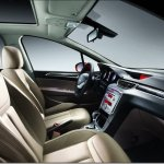 Peugeot mostra o interior do 308 Sedan na China