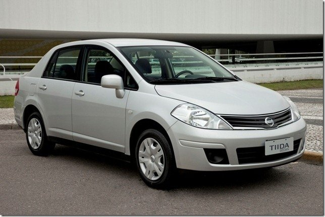 Nissan Tiida Sedan ganha duplo airbag como opcional